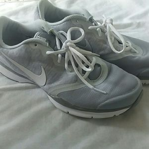 Grey Women's Nikes size 10 EUC